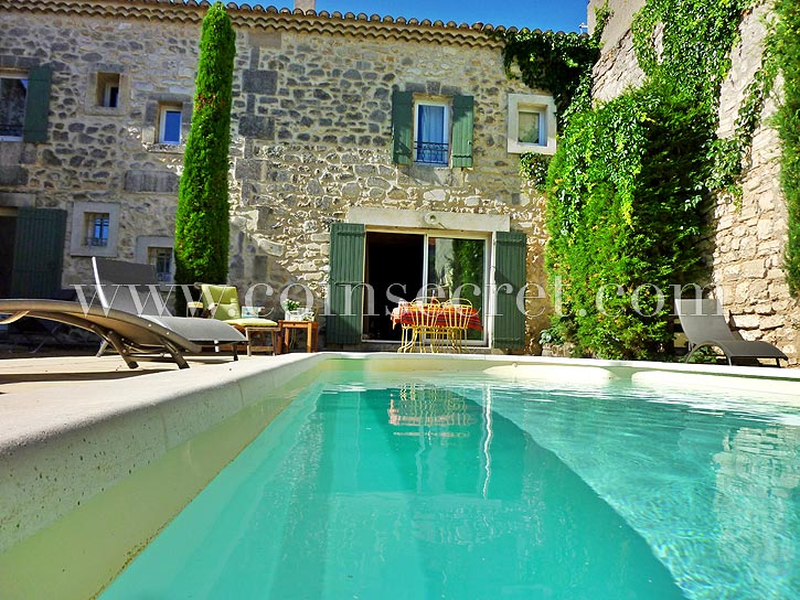 location saisonni re avec piscine maussane les alpilles maison de charme en provence louer. Black Bedroom Furniture Sets. Home Design Ideas