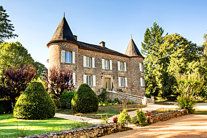 Holiday rentals in a castle