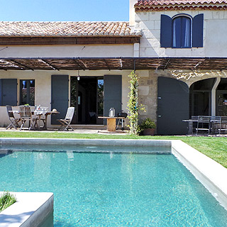 Air conditioned holiday villa private pool in Le Paradou, Alpilles, Provence