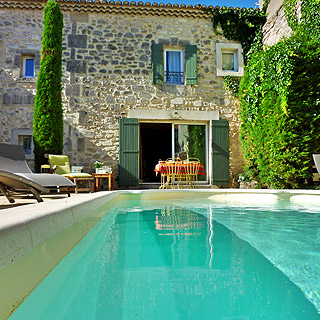 Charming holiday house Provence with private pool in Maussane les Alpilles