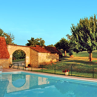 Holiday rental with private swimming pool for holidays in Dordogne Perigord