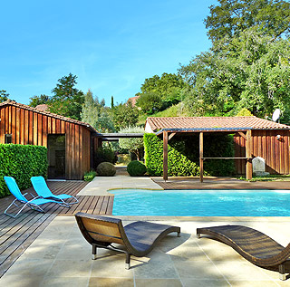 Wooden holiday home with private heated pool in Sarlat, Black Périgord