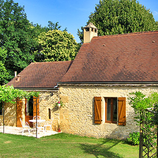 Dordogne, holiday rental with pool and whirlpool