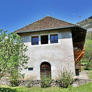 Talloires, Lake Annecy, holiday rentals sleeps 4